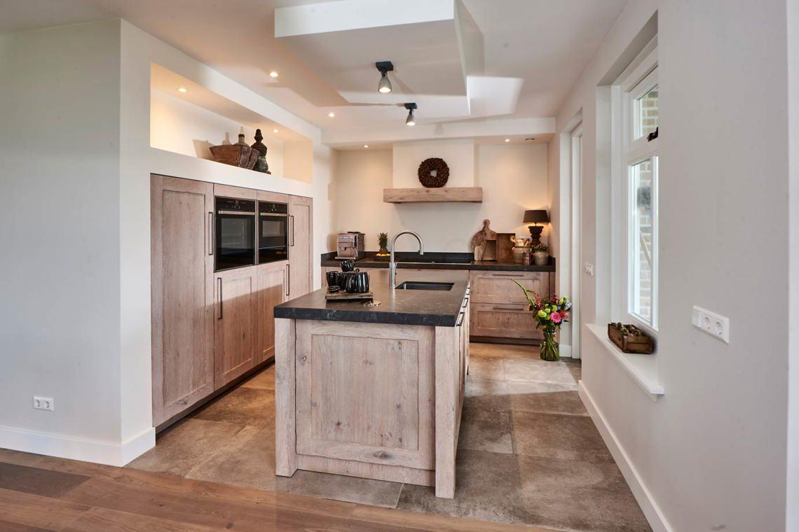 Spiksplinternieuw Keuken met kastenwand? Lees onze blog vol inspiratie! JL-84