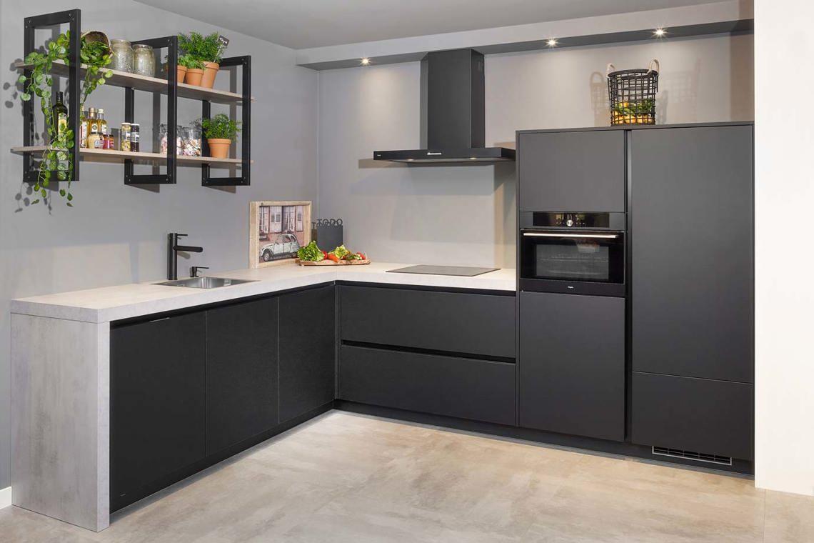 Zwarte Keuken Inspiratie Bekijk 50 Voorbeelden Incl Prijzen