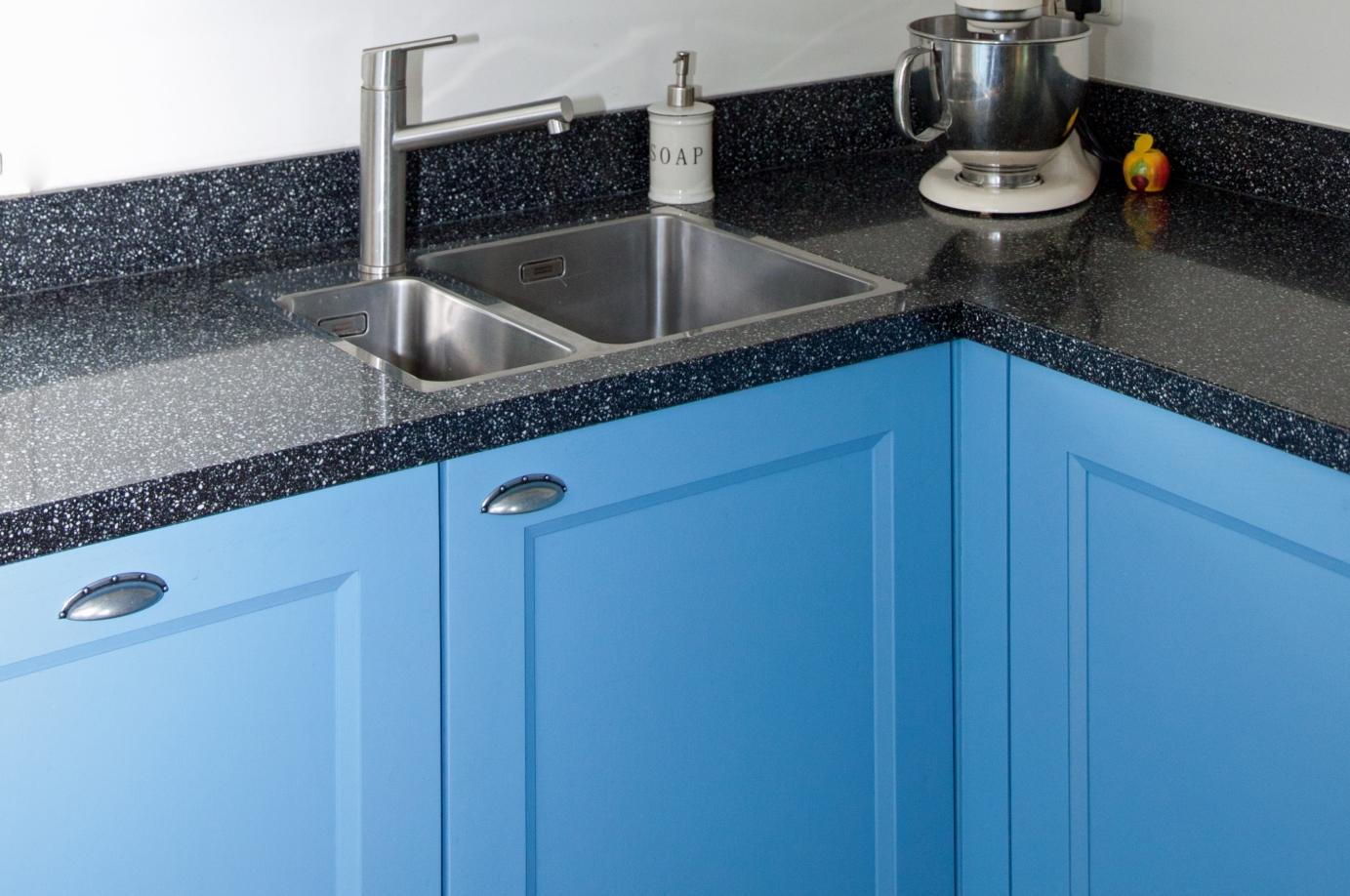 Blauwe Keuken Accessoires : Blauwe keukens. keer op keer brede keus, elke stijl. db keukens