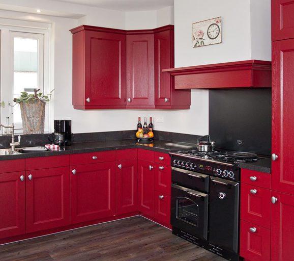Keukenstijlen wat spreekt u aan bekijk diverse stijlen db keukens - Keuken met rode baksteen ...
