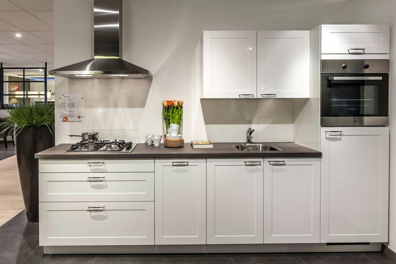 Kastenwand Keuken Kopen : keuken. Strak, compact, bekijk de vele mogelijkheden! – DB Keukens