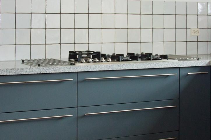 Blauwe keukens zorgen voor sfeer en warmte in alle stijlen - DB ...