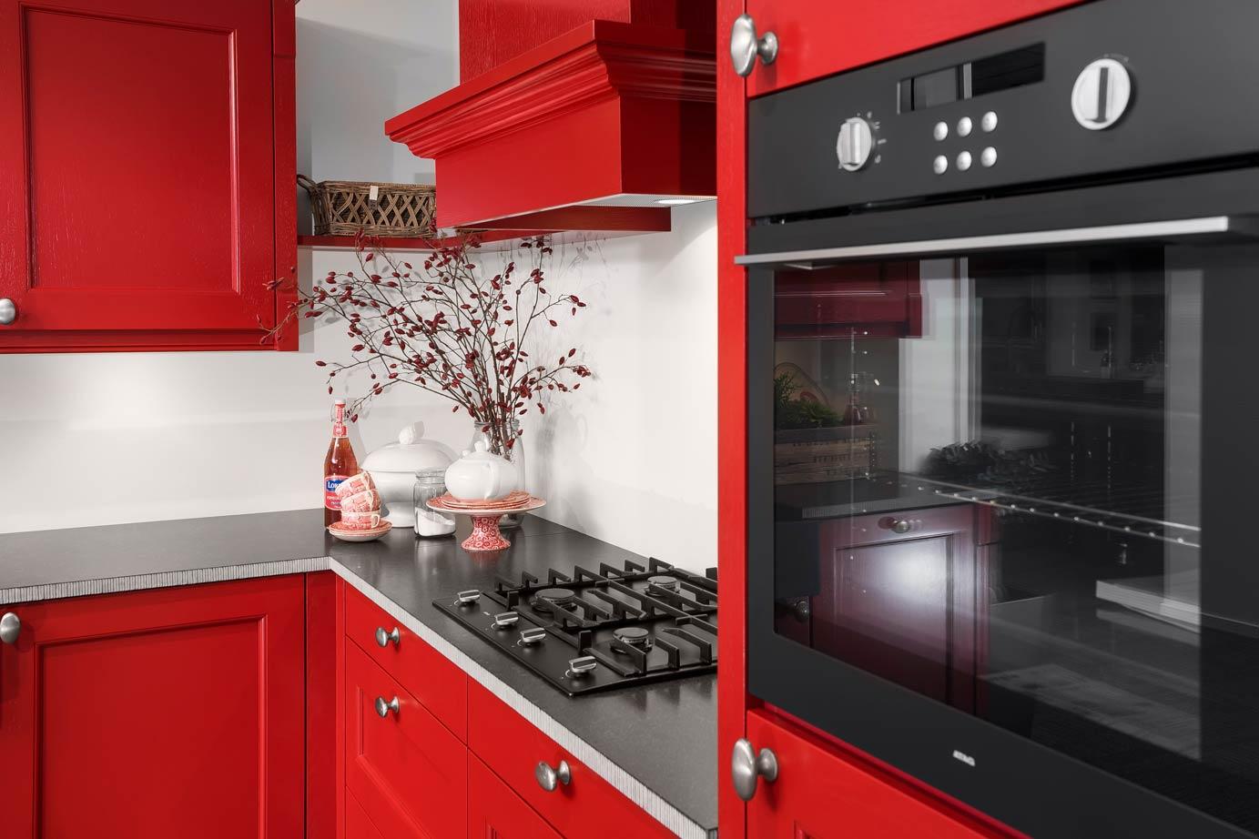 Rode Keukens Met 50 Bekijk Voorbeelden Prijs Kopen Db qan78vxq