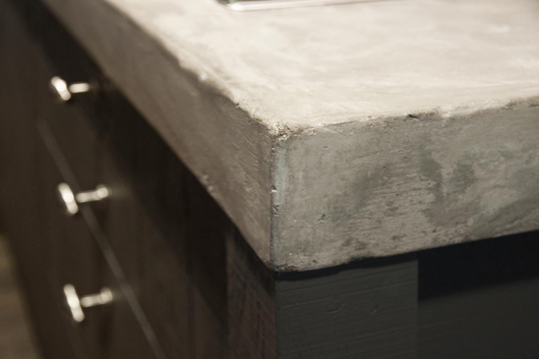 Keuken Hoogglans Wit Schoonmaken : Betonnen aanrechtblad. Prachtig in moderne keuken – DB Keukens
