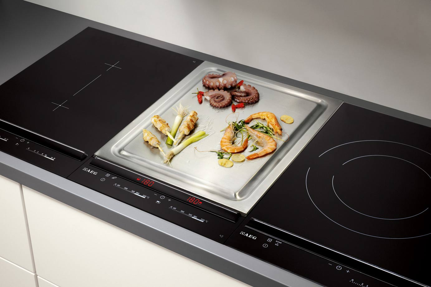 Trends In Keukenapparatuur : Welke inbouwapparatuur is onmisbaar in uw keuken · keukenstunter