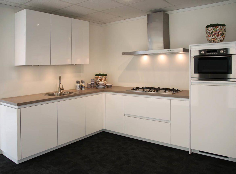 Woonkamer rustieke moderne - Moderne keuken kleur ...