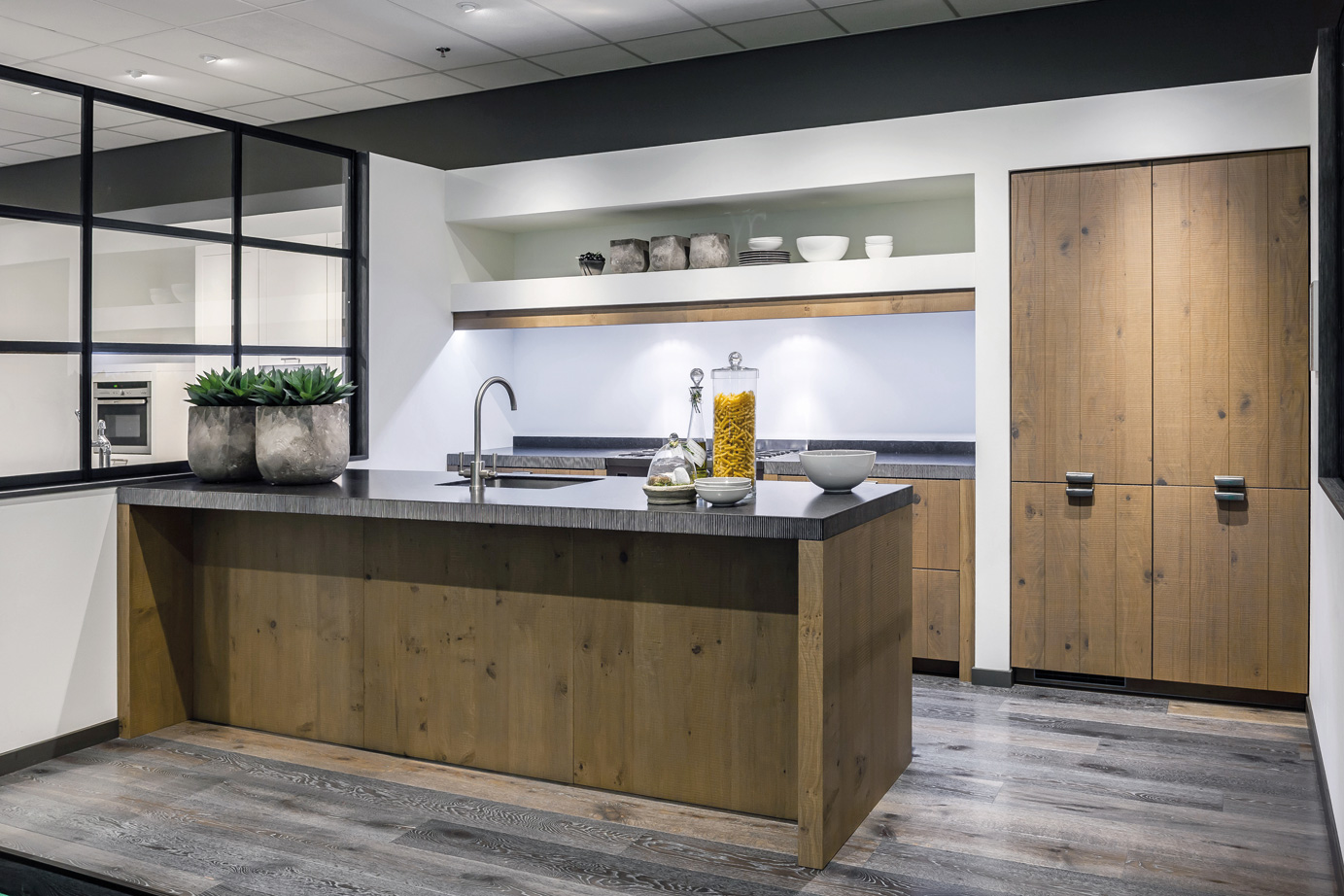 Keuken Modern Hout : Houten keuken. Voor elk budget en stijl. Ook met wit – DB Keukens