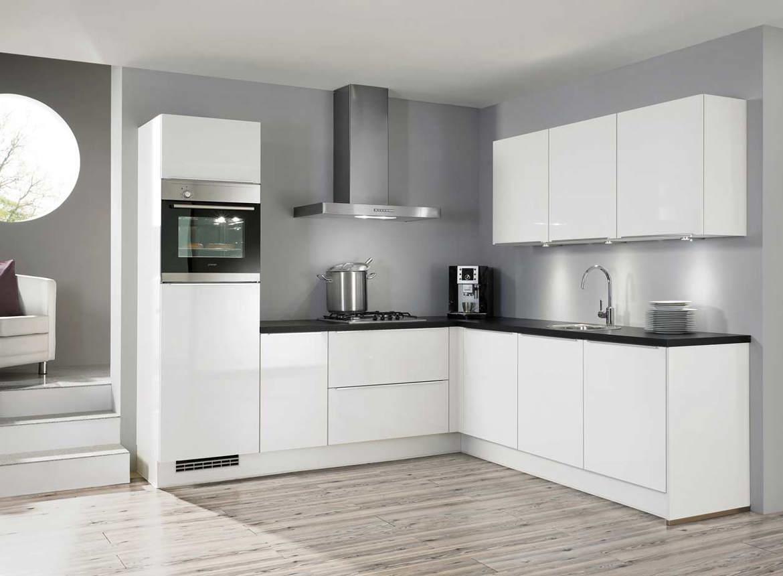 Hoogglans witte keuken schoonmaken creatieve idee n voor huisontwerp en meubels - Ontwerp witte keukens ...