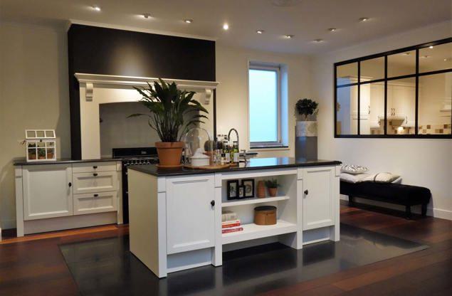 Witte keuken: gevoel van rust en ruimte. laat u inspireren!   db ...