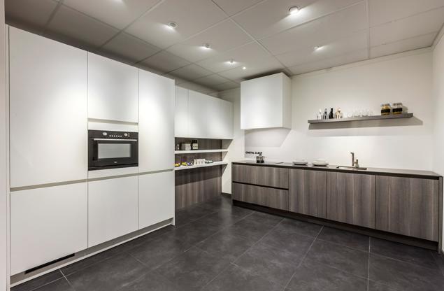 Moderne Greeploze Rechte Keuken : Greeploze keuken. Strak design en ...