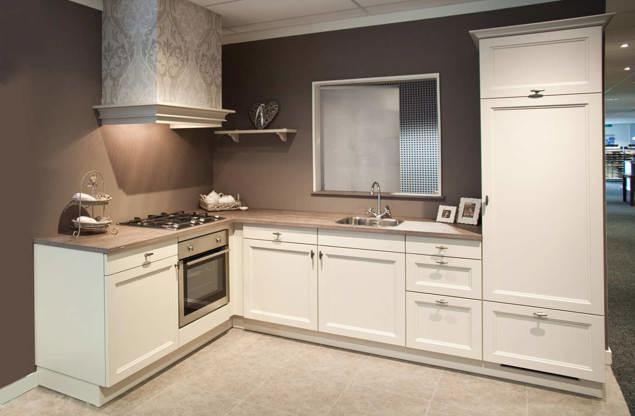 Klassieke keukenbouwers interieur meubilair idee n - Center meubilair keuken ...