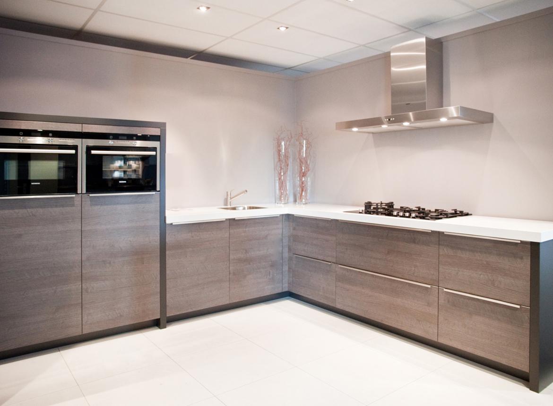 Design keuken mooi strak zonder bovenkastjes db keukens for Design keukens