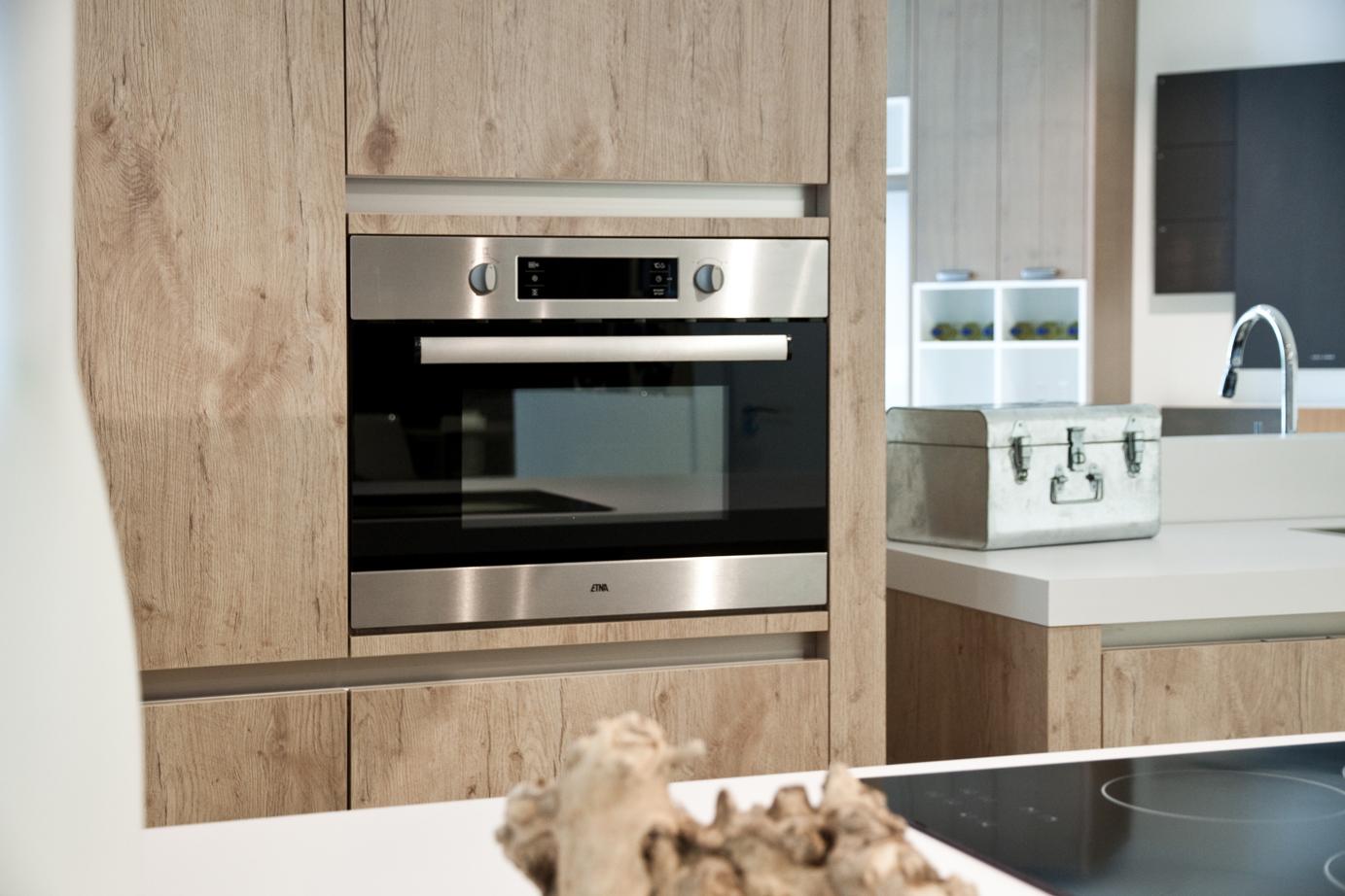 Vintage keuken te koop woonkeuken piet boon showroomuitverkoop keuken keuken met kookeiland te - Vintage keukens ...