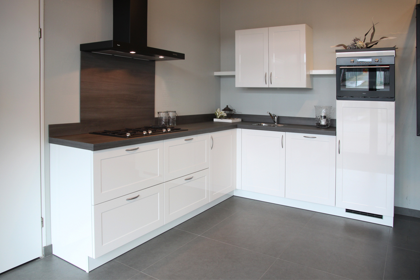 Zwart Witte Keuken : Witte keukens passen in diverse woonstijlen