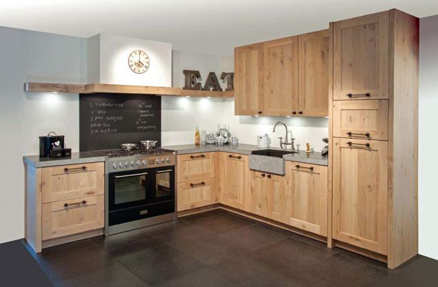 Landelijke hoekkeuken op maat gemaakt - DB Keukens