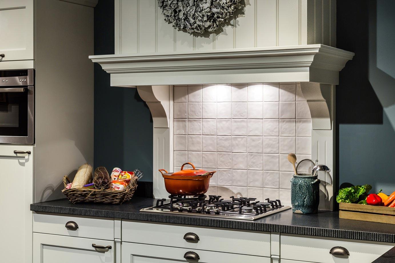 Eenvoudige schouw keuken keuken met schouw klassieke keuken