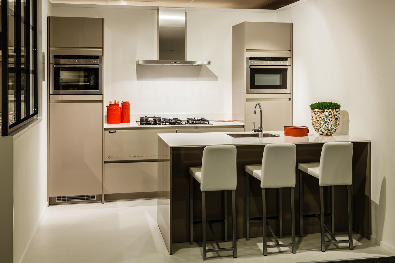 Design Keuken Merken : Design keuken met luxe apparatuur – DB Keukens