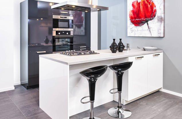 Alle keuken voorbeelden bekijk de grote collectie keukens db keukens - Grote keuken met kookeiland ...