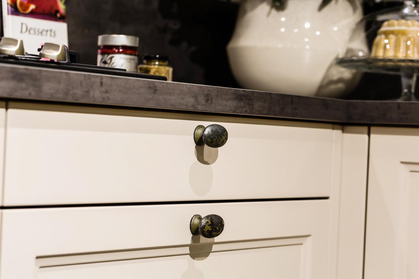 Kleine Landelijke Keuken : Landelijke keuken. Compleet met apparatuur. – DB Keukens