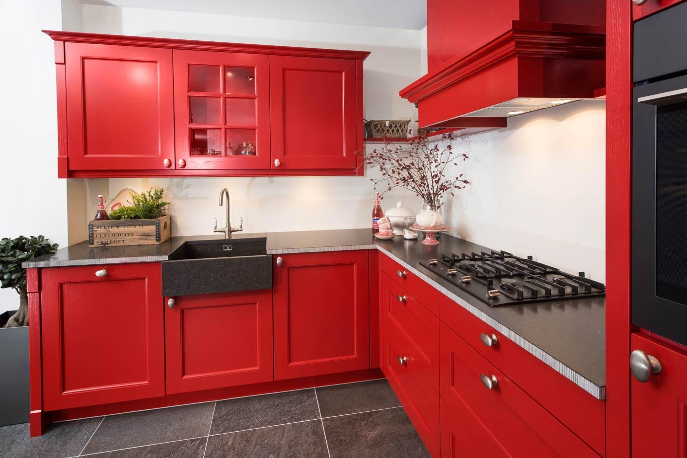 Grijze Keukens Voorbeelden : Kies de keuken kleur die bij u past bekijk voorbeelden db keukens