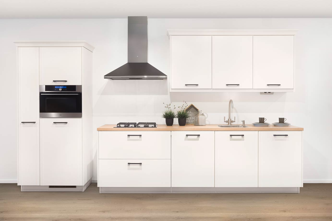 Witte Keuken Met Zwart Werkblad : heb een schitterende witte Residentic keuken gekocht. Met deze keukens