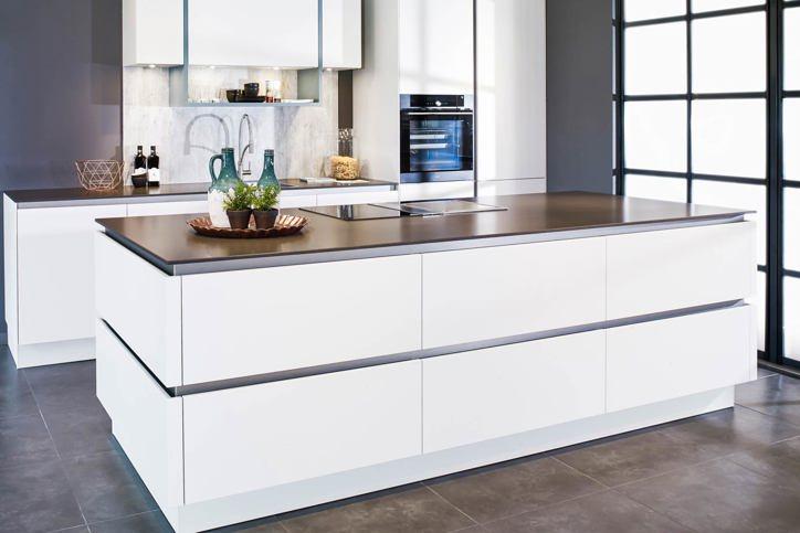 Witte keuken gevoel van rust en ruimte laat u inspireren db keukens - Witte keukens ...