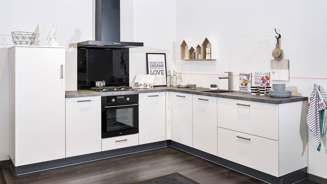 Witte keukens Diverse keukenstijlen Lage prijzen DB