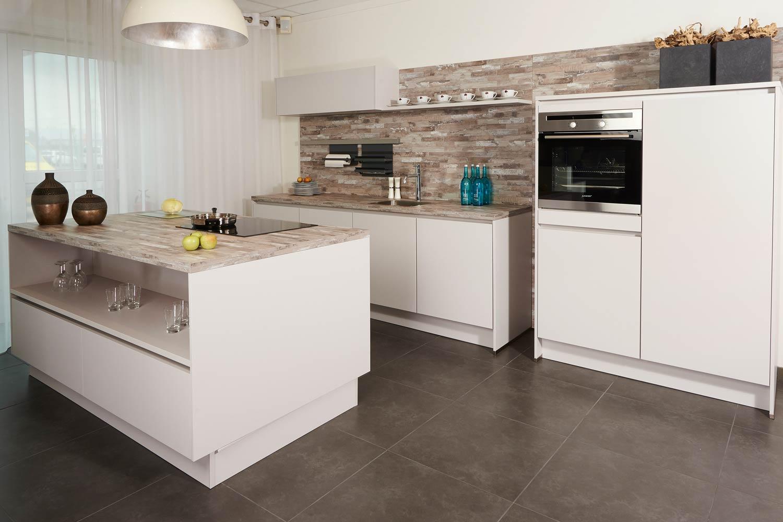 Keukeneiland Zonder Apparatuur : Design keukens Geen ontwerp te extreem! Gedurfd DB Keukens
