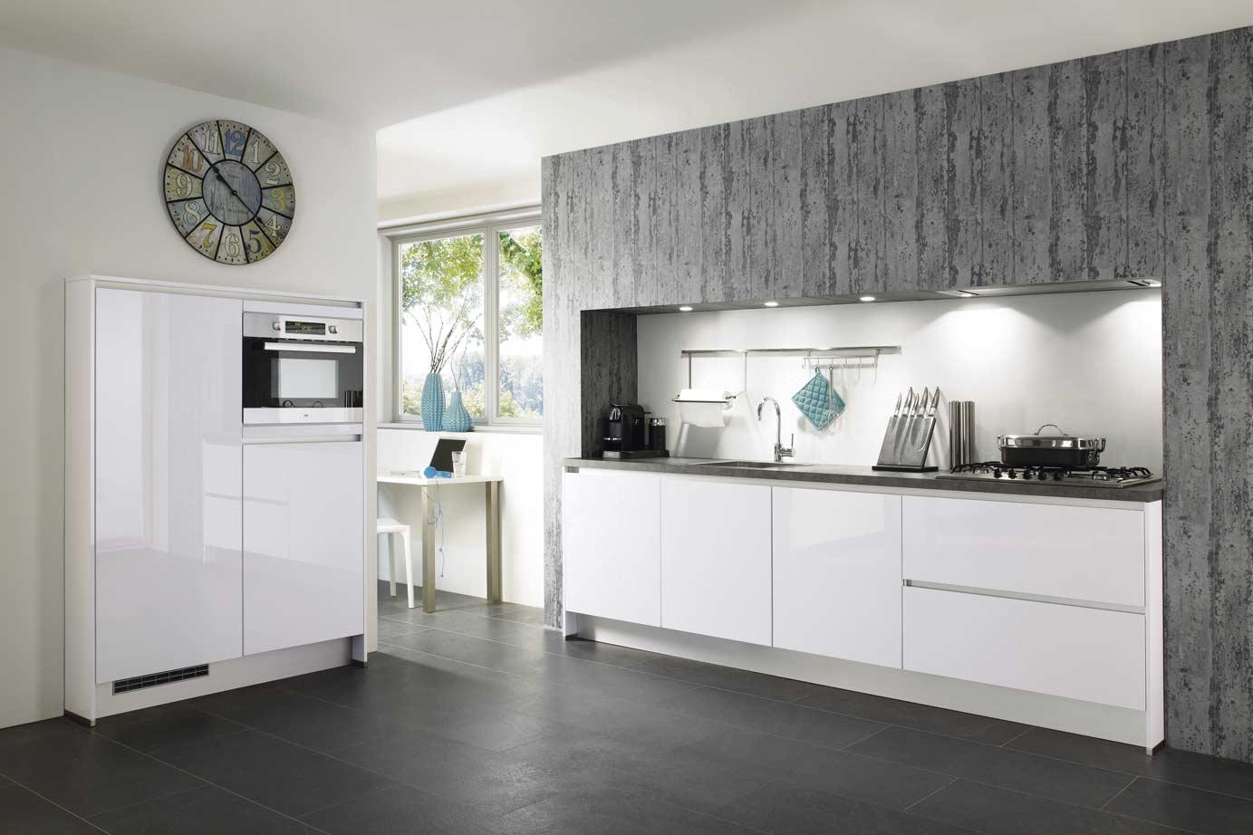 Hoogglans Keuken Zwart : Hoogglans keuken bekijk voorbeelden ook in wit db keukens