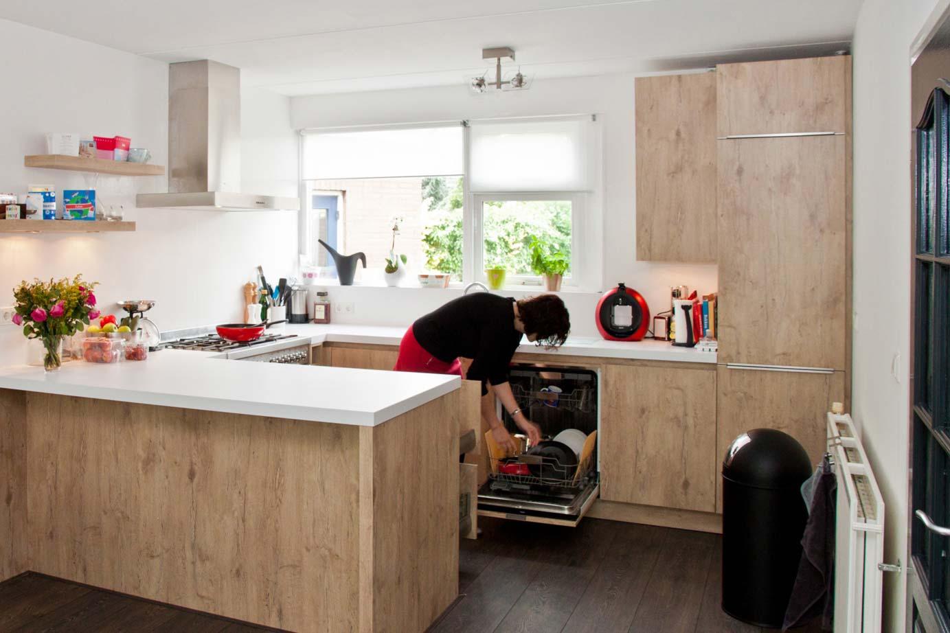 Bestaande Keuken Opknappen : Keukenrenovatie in heel nederland met eigen monteurs db keukens