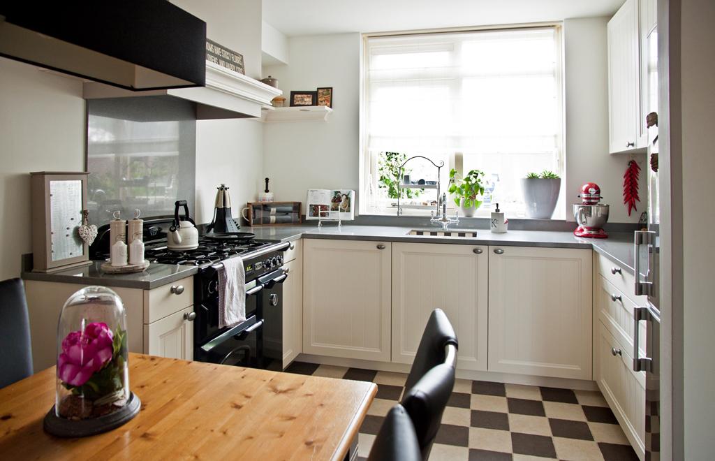Keukenrenovatie Hout : Keukenrenovatie in heel Nederland met eigen monteurs DB