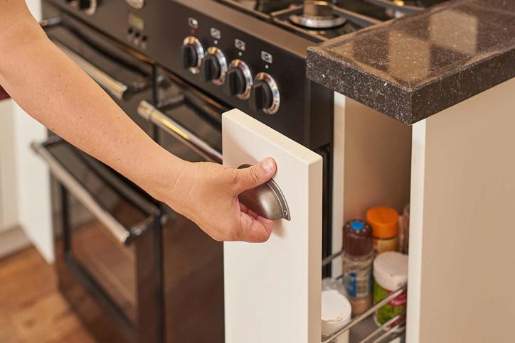 Standaard hoogte en diepte van aanrechtblad en keukenkast for Keukenkast ontwerpen