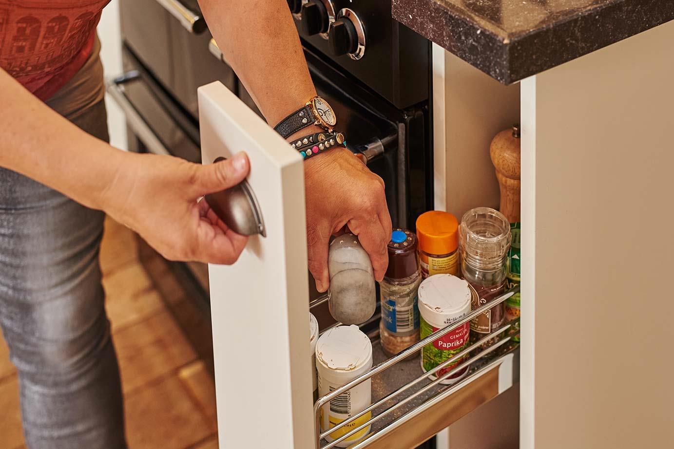 Keuken Wandkast 8 : Extra opbergruimte zelfs in kleine keuken db keukens