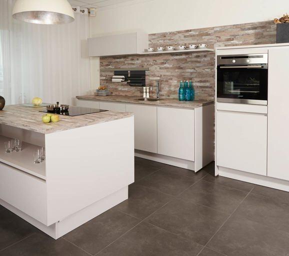 Keuken ontwerpen informatie die u vooraf moet weten db keukens - Keuken bar boven ...
