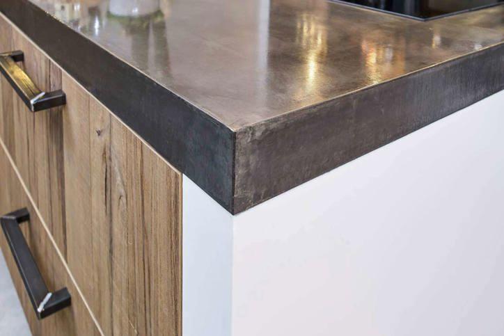 Witte Keuken Betonvloer : Betonnen aanrechtblad. prachtig in moderne ...