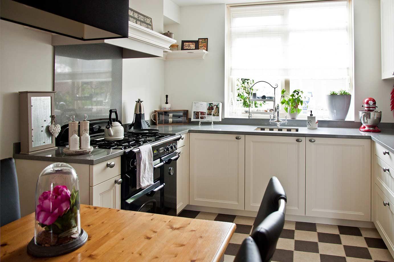 Gele Keuken 9 : Wilt u ook een keuken met n welkom db keukens