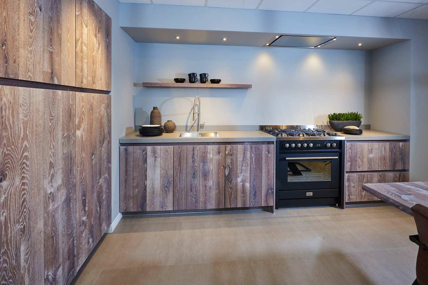 Houten Keuken Pintoy : Houten keuken DB Keukens