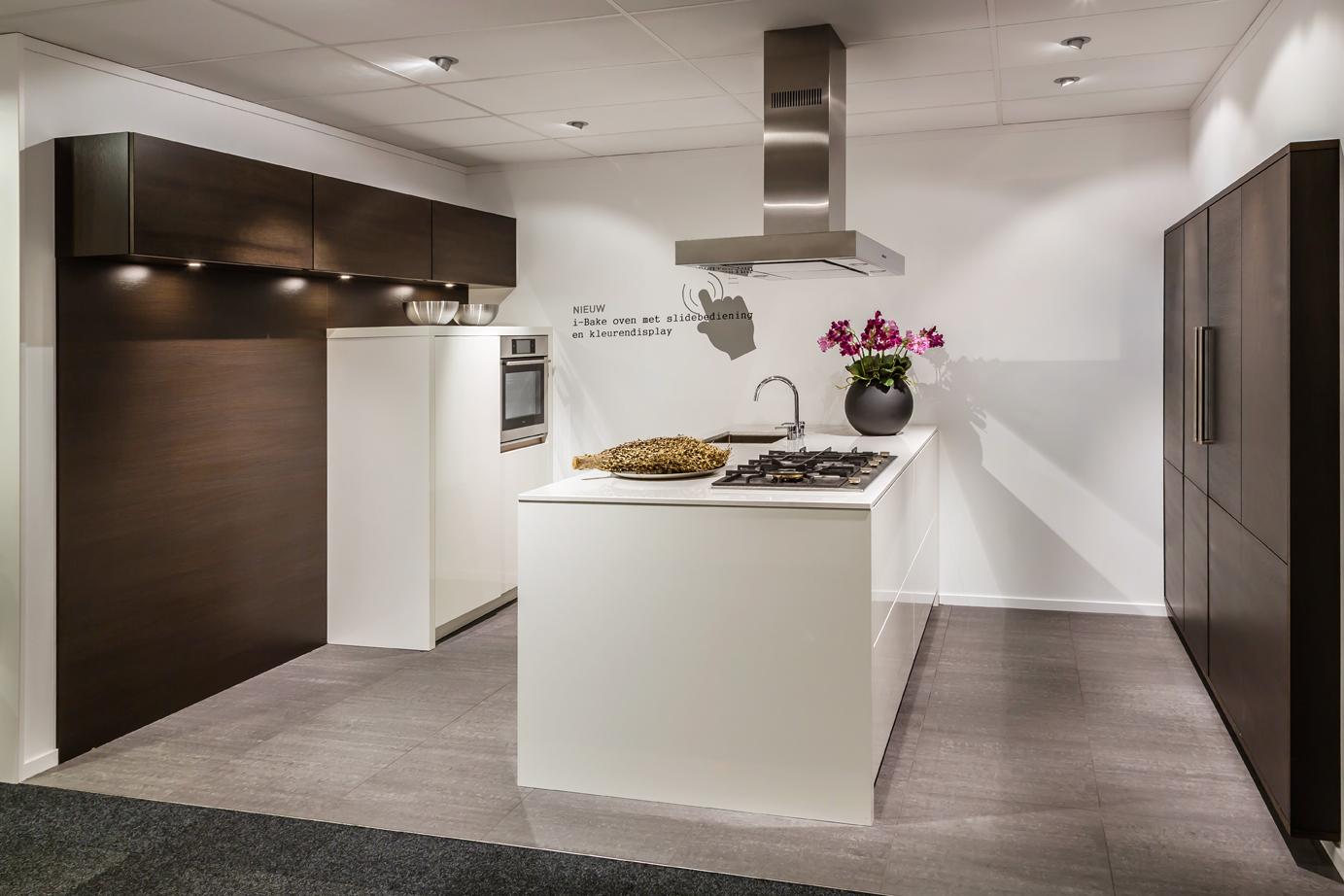 Design Keukens Opruiming : Showroomkeukens Sla je slag met onze opruiming DB Keukens
