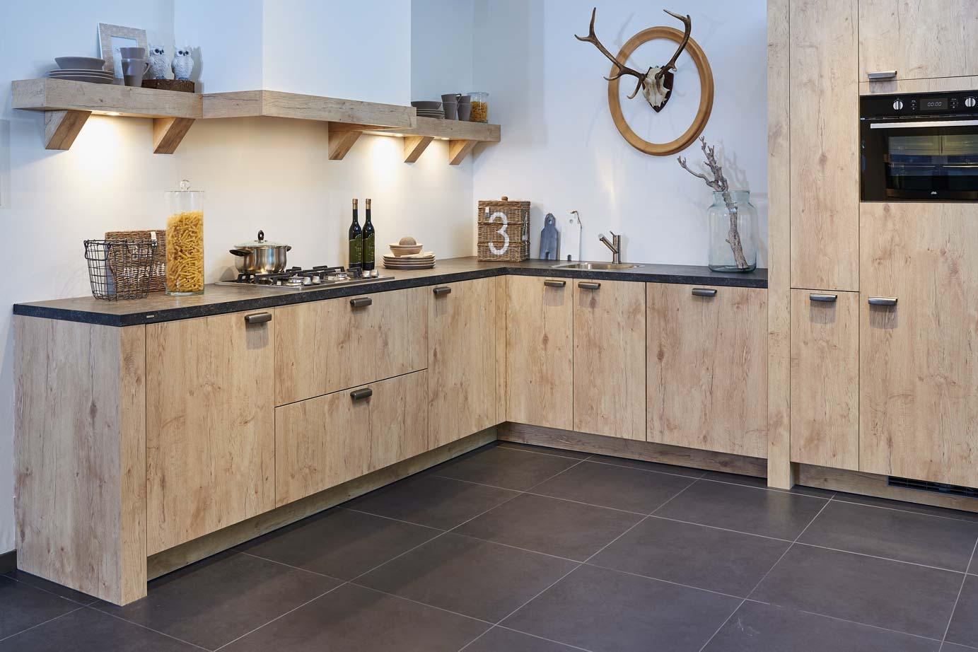 Goedkope Keuken Handgrepen : Landelijke keuken DB Keukens