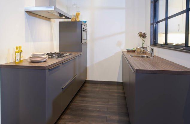 Design Keukens Opruiming : Keuken met keukeneiland. een keuken vol ...