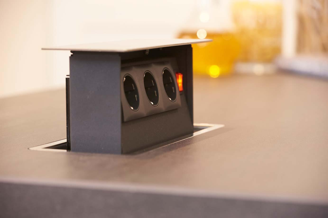 Keuken Stopcontacten : Stopcontact in werkblad / aanrechtblad – DB Keukens