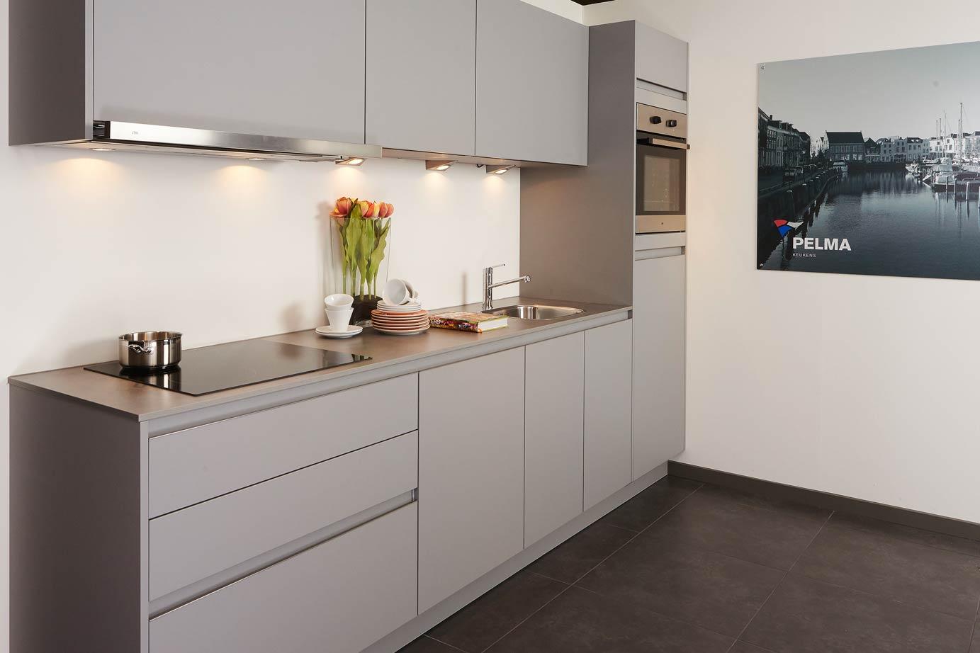 Keuken Greeploze : Greeploze keuken. Strak en modern design. – DB Keukens