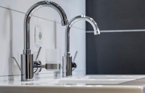 Badkamer kopen in almere lees deze klantervaring db keukens - Kleur moderne badkamer ...