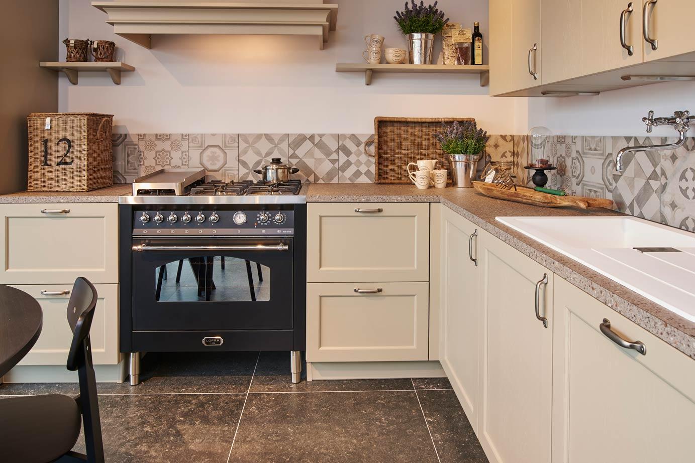 Fornuis Keuken Landelijk : Landelijke keuken met fornuis ideale combinatie van praktisch en