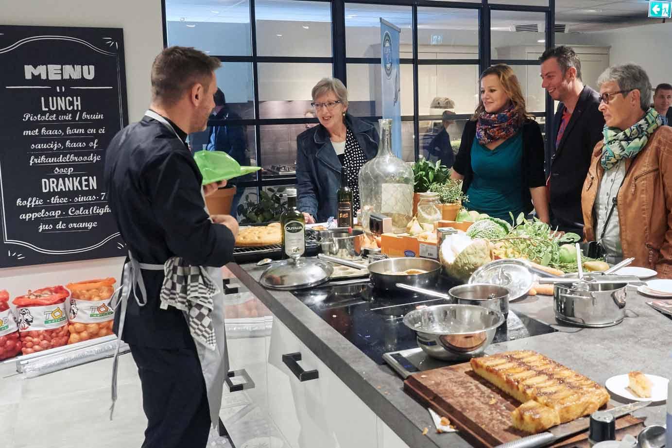 Ardi Keukens Goes : Ardi keukens en sanitair in sint annaland zeeland db keukens