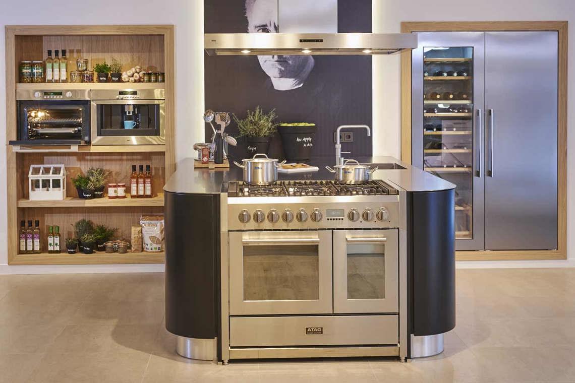Home Design Keukens : Design keukens. geen ontwerp te extreem! gedurfd. db keukens