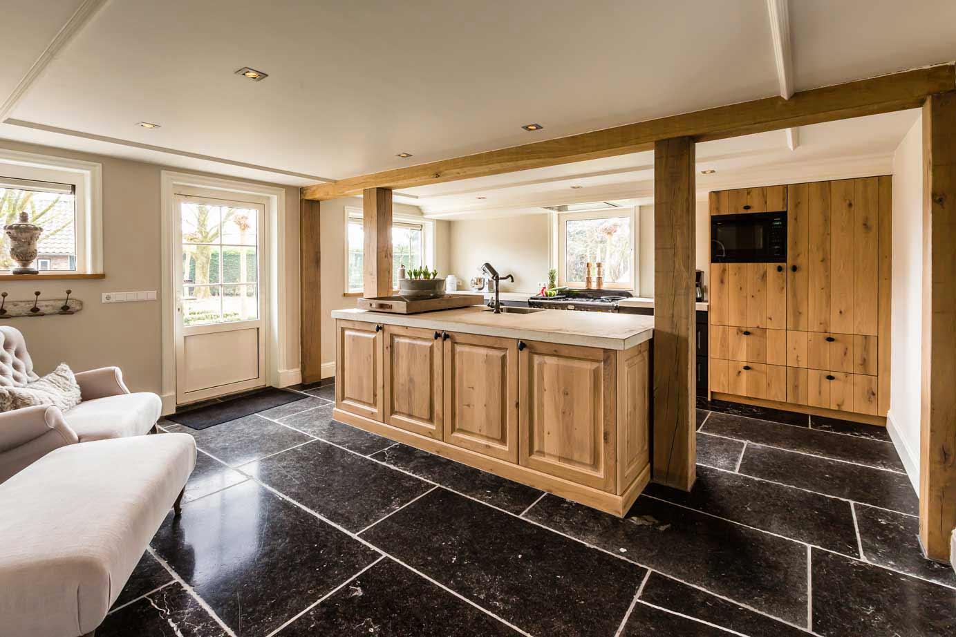 Keur Keukens Keukentegels : Vloertegels voor keuken en badkamer db keukens
