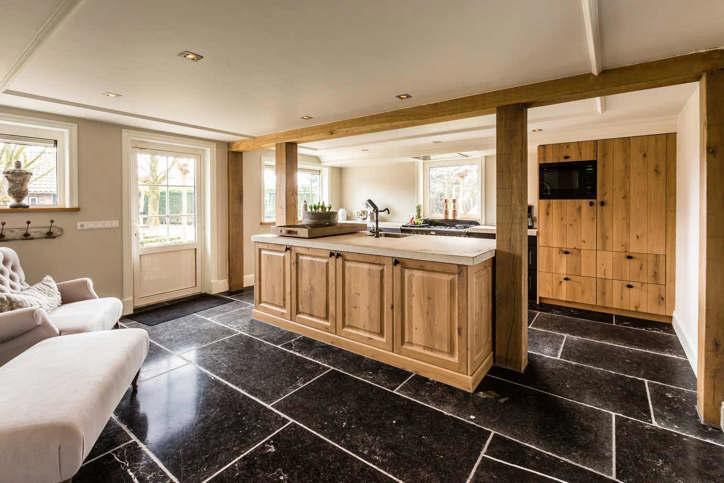 Vloertegels voor keuken en badkamer - DB Keukens