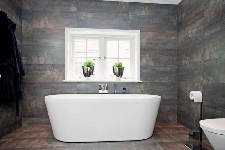 Tegels voor de keuken en badkamer eigen montage db keukens for Wandtegels badkamer
