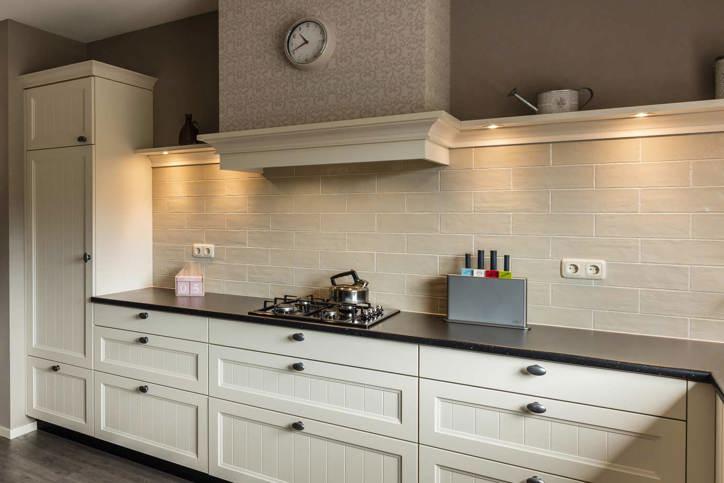 Landelijk woonkamer tegels - Deco oude keuken ...